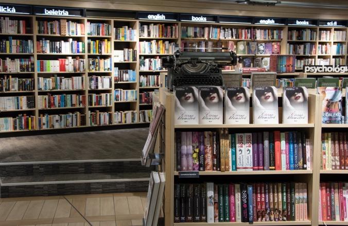 books-985939_1920